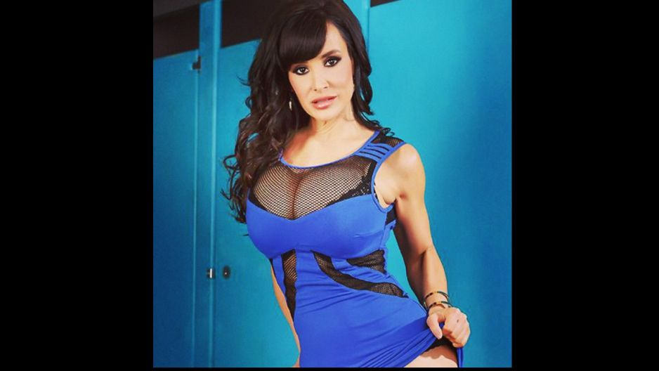 Lisa Ann With With Neighbour Porn Videos 42